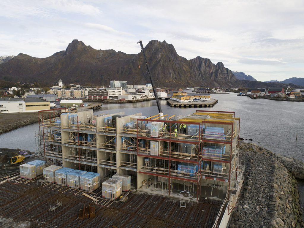 Betong & Entreprenør opererer i hele Nord-Norge. De har 60 ansatte, og omsetter for rundt 130 millioner i året.