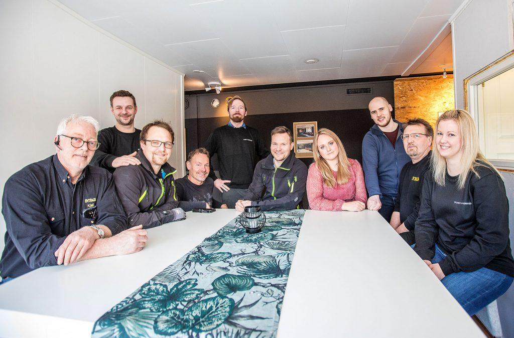 I Bjørkåsen Næringspark har nøkkelen til en triveligere og mer utviklende hverdag vært å oppføre seg som kollegaer selv om man ikke er det.