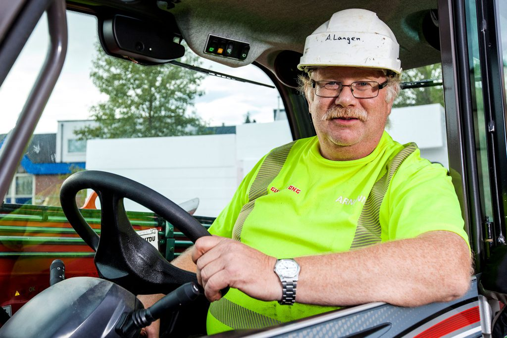 Gulvbetong med daglig leder Arnfinn Langen i spissen er fornøyd med oppdraget støpning og sliping av 3080 kvadratmeter gulv i nye Orneshaugen forsamlingshus.