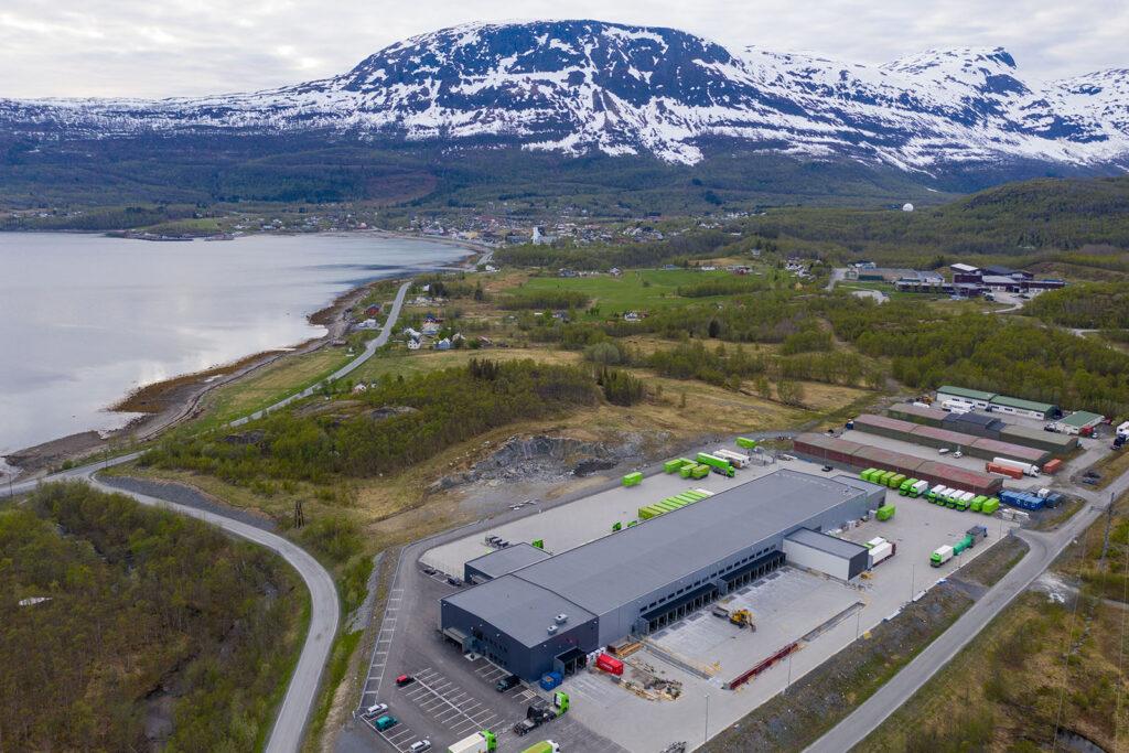 Første store aktør i Medby Næringspark var Posten, som etablerte et 6000 kvadratmeter stort logistikksenter på Medby i 2017.